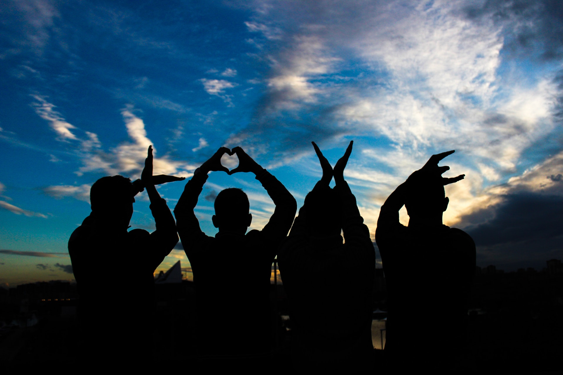 love-people-silhouettes-letters-13918